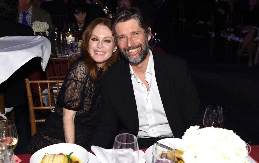 Джулианна Мур с мужем Бартом. Фото Getty