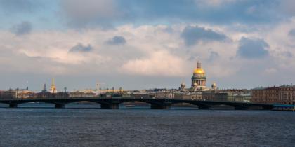 Благовещенский, Николаевский, Лейтенанта Шмидта. Cамому старому мосту через Неву – 170 лет