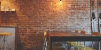 Петербургские рестораторы требуют пересмотра новых ограничительных мер