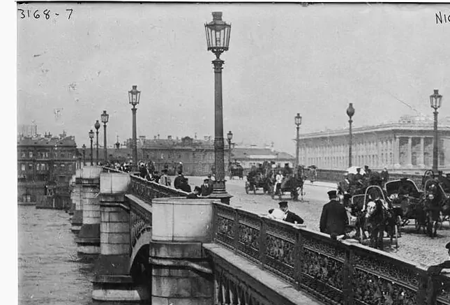 Благовещенский мост в Петербурге. Фото скриншоты pastvu.com