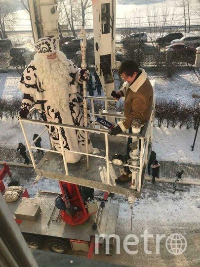 Иркутский кудесник доказал пациентам онкоотделения, что чудеса случаются. Фото  INSTAGRAM.COM/ MOROZ_KUDESNIK
