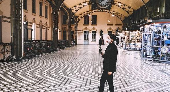 На Витебский вокзал можно прийти просто потому, что он красивый.