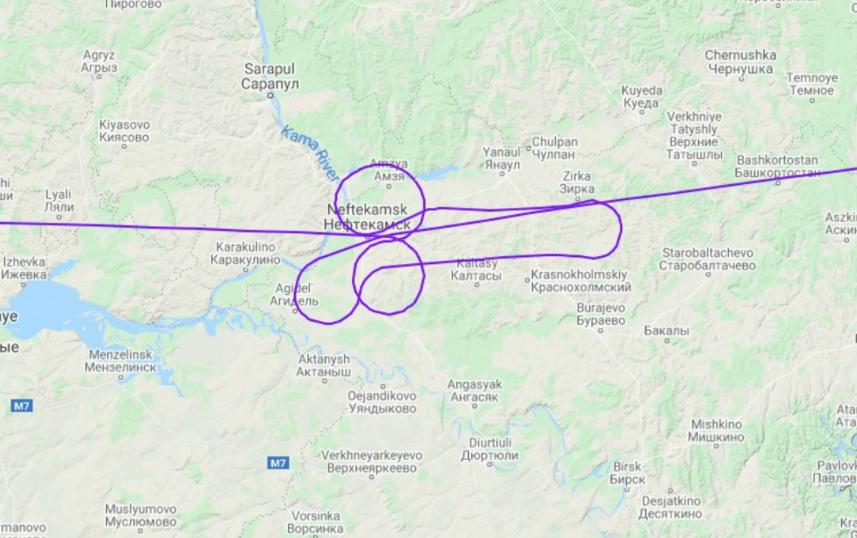 """Рисунок можно было увидеть, если посмотреть схему полёта на сайте """"Флайтрадар"""". Фото https://flightradars24.ru/"""