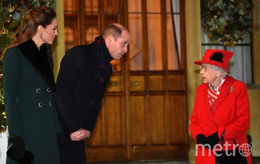 Фото из рождественского тура Кейт Миддлтон и принца Уильяма. В Виндзоре. Фото Getty