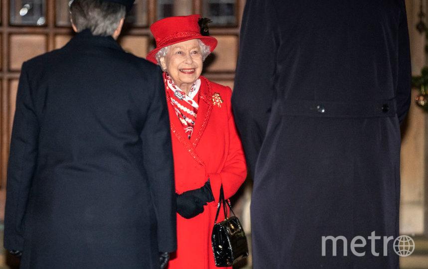 Фото из рождественского тура Кейт Миддлтон и принца Уильяма. Королева Елизавета. Фото Getty