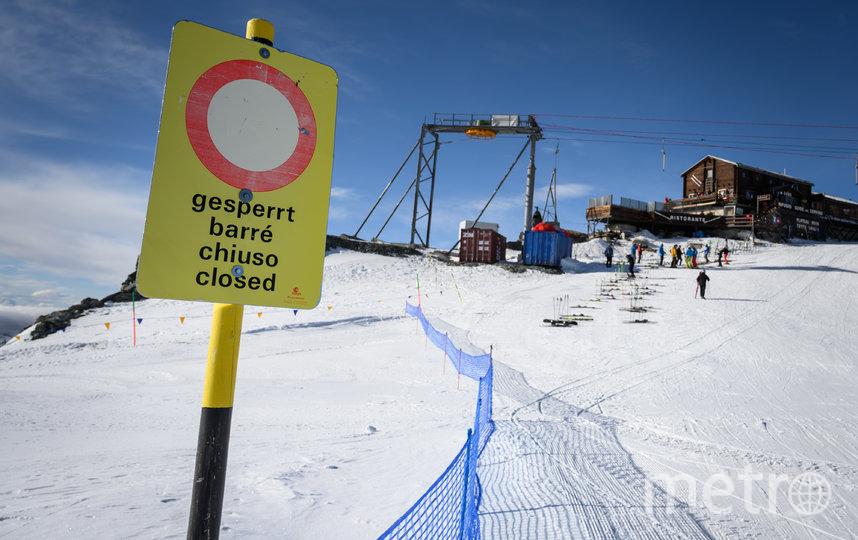 Директор Университетской больницы Цюриха Грегор Цюнд cчитает, что властям следует ввести запрет на катание на лыжах. Фото AFP