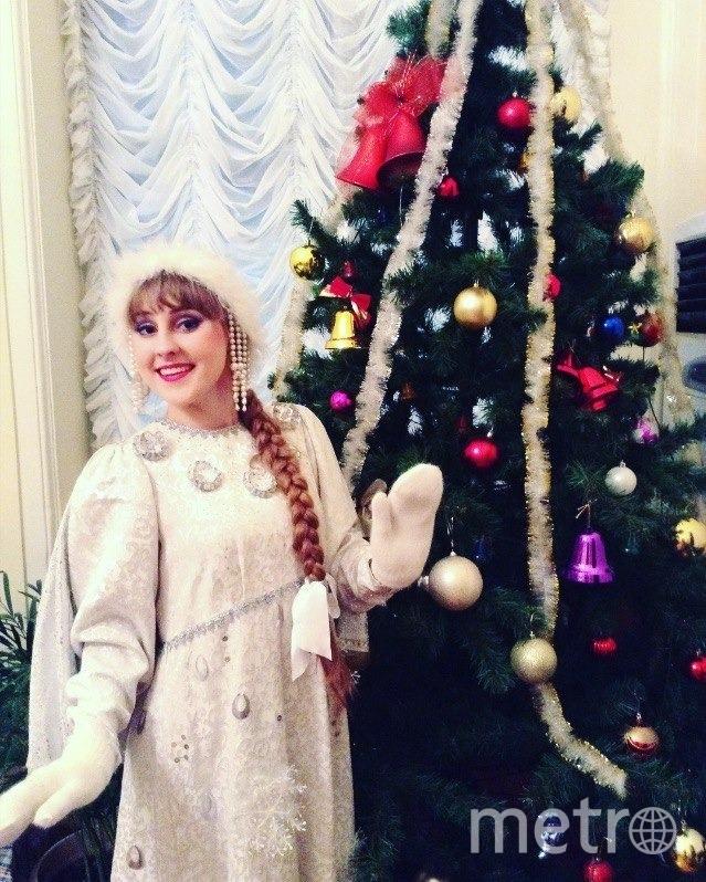 """Снегурочке Веронике Ильницкой не придётся скрывать улыбку под маской. Фото предоставлена Алексеем Панасюком, """"Metro"""""""