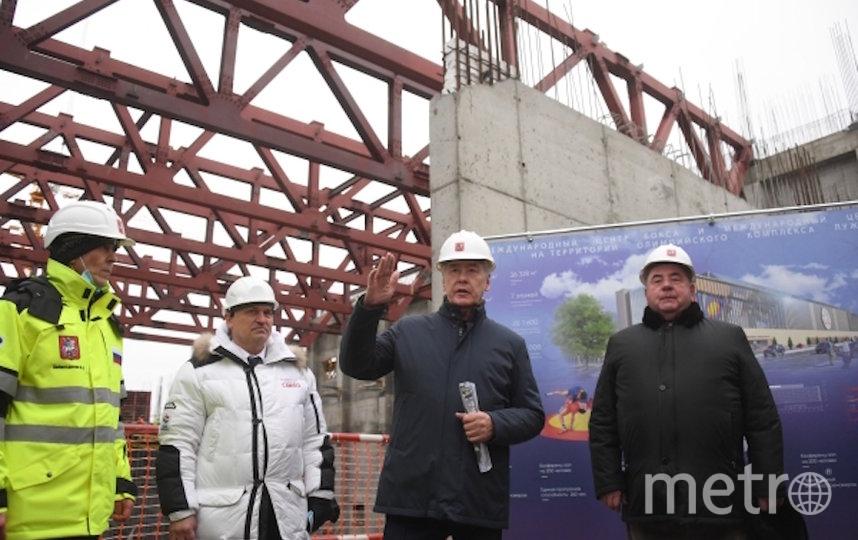 Собянин на стройке. Фото РИА Новости