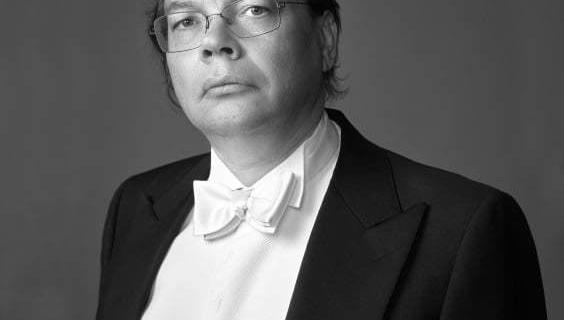 Александр Ведерников.