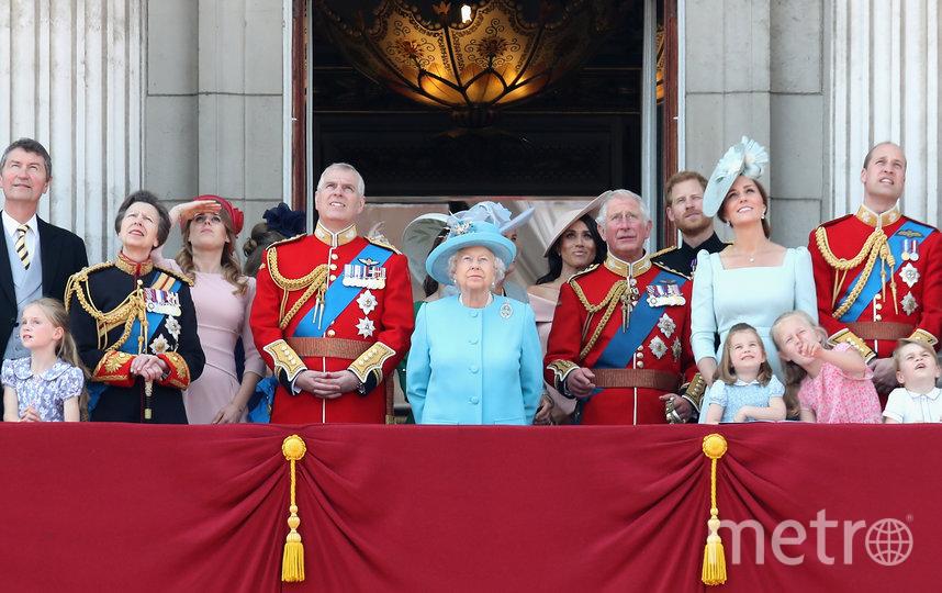 Во дворце британского монарха много поводов для радости. Фото Getty
