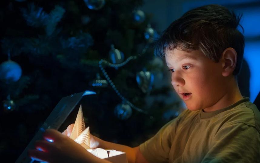 Подходить к выбору подарка ребенку - будь он дошкльник или подросток, нужно с позиций самого ребенка. Фото pixabay.com