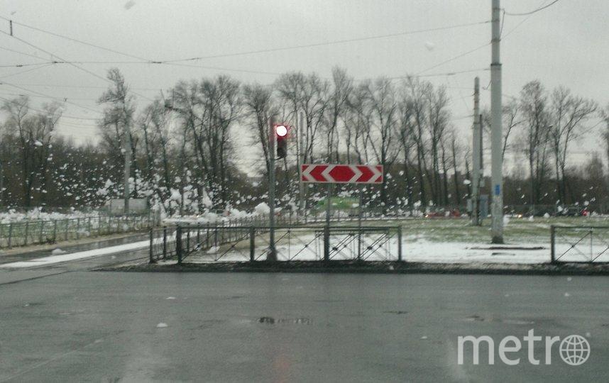 Пенная вечеринка на Петергофском шоссе в районе Десантников. Фото https://vk.com/spb_today
