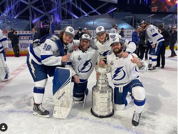 Четверо россиян взяли Кубок Стэнли. Фото Getty
