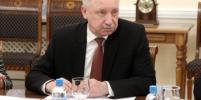 Нужно прервать цепочку заражений: Беглов призвал петербуржцев отметить Новый год в узком кругу