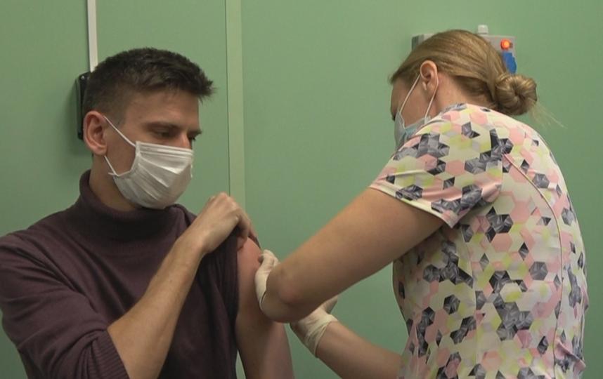 Прививки от Covid-19 ставят пока не всем. Фото https://vk.com/lisovets_d