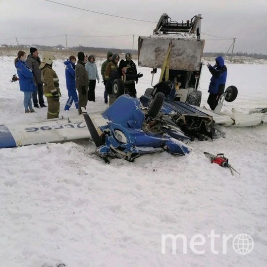 Крушение Piper-150 произошло при взлёте с аэродрома в Гостилицах. Фото vk.com/lomolenobl.