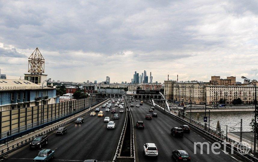 В 2021 году в Москве планируется построить 72 км автомобильных дорог, 18 искусственных сооружений, 16 пешеходных переходов. Фото pixabay.com, архивное