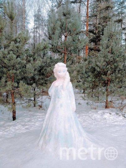 Снежная Эльза в Сосновке. Фото https://www.instagram.com/megapolisonline24/