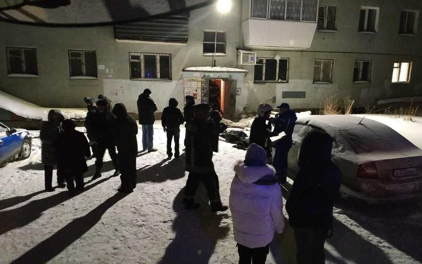 Пожар в Екатеринбурге произошел на улице Рассветной. Фото МЧС Свердловской области