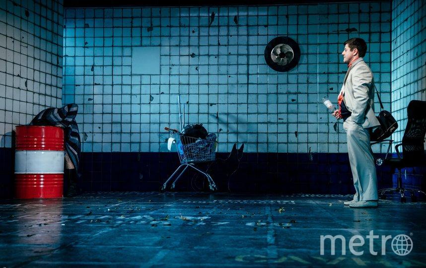 """В театре """"Приют комедианта"""" представили премьеру спектакля по знаменитому роману Ильфа и Петрова """"12 стульев"""". Фото ФоПолины Назаровой, предоставлены театром """"Приют комедианта"""", """"Metro"""""""