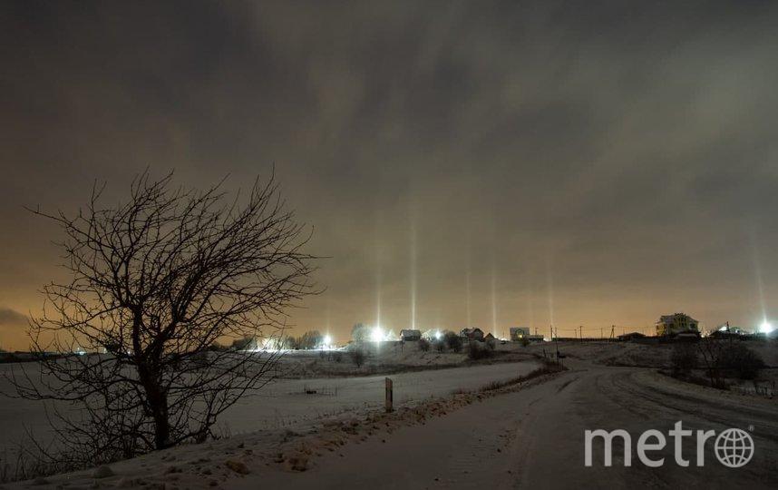 Световые столбы также заметили на Дудергофских высотах. Фото Дарина Соболь.