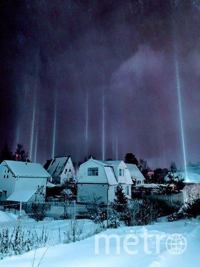 Во Всеволожском районе Ленобласти местные жители наблюдали необычное оптическое явление. Фото vk.com/spb_today_unpublished.