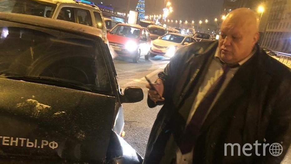 Стас Барецкий попал в ДТП. Фото vk.com/spb_today.