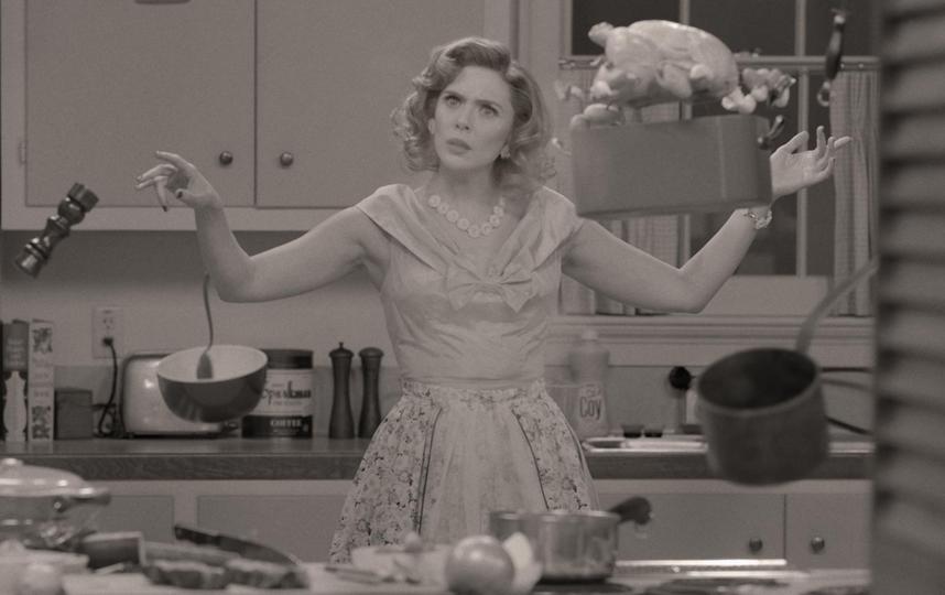 """В ведении домашнего хозяйства Ванде помогают суперспособности. Фото Кадр из фильма , """"Metro"""""""