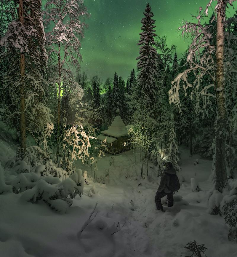 Укрытая снегами часовня. Фото Михаил Карпов, vk.com