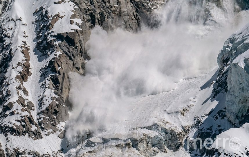 Лавина сошла у горы Мусса-Ачитара. Фото pixabay.com