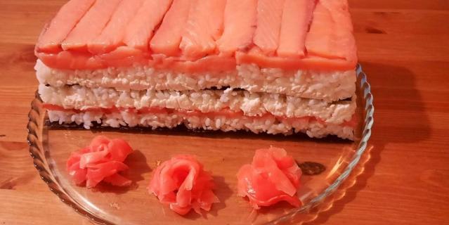 Суши-торт.