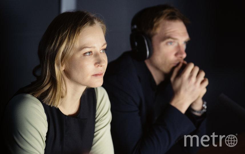 Юлия Пересильд и Андрей Бурковский во время съёмок одной из заключительных сцен в сериале. Фото видеосервис Start