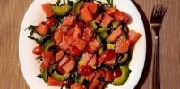 Как приготовить изысканный салат с рукколой и лососем