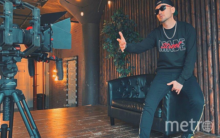 американско-узбекский рэп-исполнитель. SH1LLER.