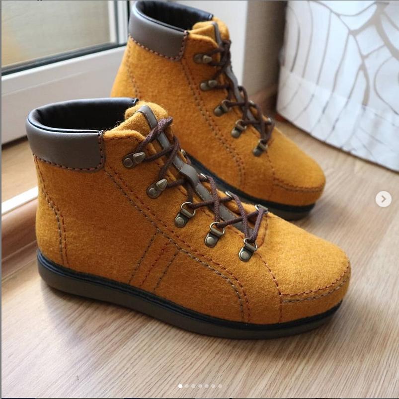 Валяные ботинки. Фото https://www.instagram.com/danikaquilt/