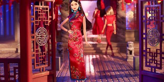 Барби на китайский Новый год.