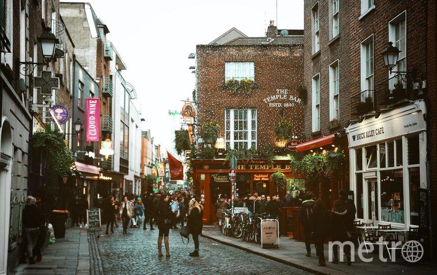 Для обеспечения контроля за карантинными объектами, власти Ирландии планируют заключить договор с частными охранными фирмами, которые будут работать совместно с полицией. Фото unsplash