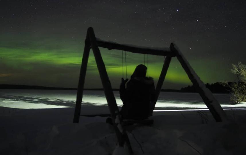 Минувшей ночью жители Ленобласти увидели северное сияние. Фото instagram.com/_topotkotov.