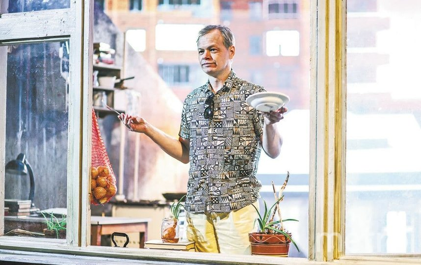 Актёр Алексей Усольцев в образе академика Алексея Сахарова. Фото МТС медиа.