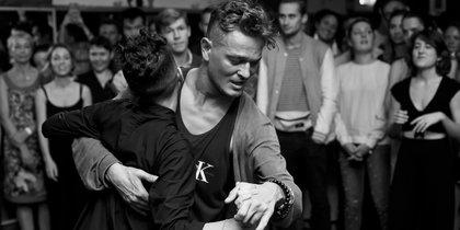 Почему мужчины не танцуют и что с этим делать женщинам
