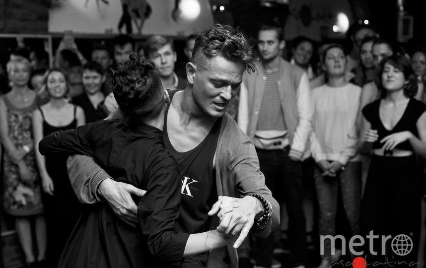 Учиться танцевать у Федора - отдельное удовольствие. Фото Л.Денисенко., Предоставлено организаторами