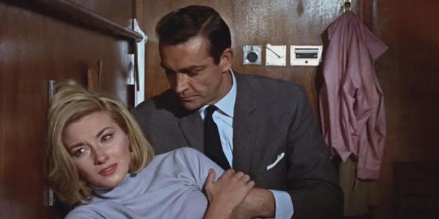 Большинство опрошенных нами женщин считают, что образцово-показательный джентльмен – это Джеймс Бонд в исполнении Шона Коннери.