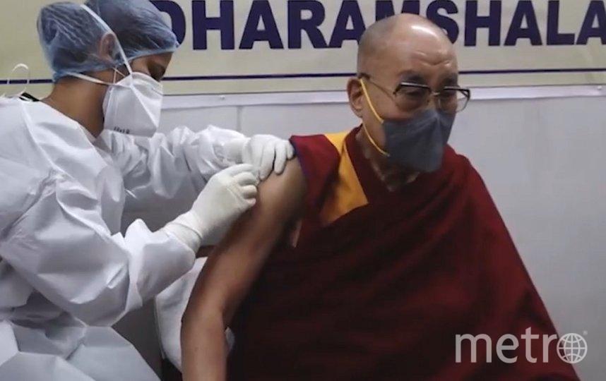 Далай-лама вакцинировался от COVID-19. Фото © Facebook / Dalai Lama.