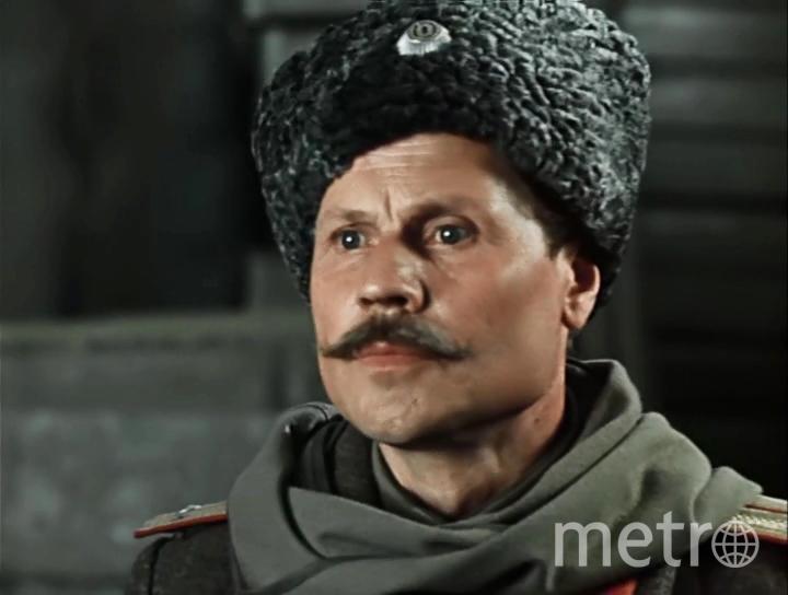 """Николай Сморчков в фильме """"Дни Трубиных"""" (1976). Фото kino-teatr.ru"""