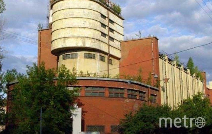 """Холдинг AAG купил здания бывшей фабрики """"Красное знамя"""" в Петербурге. Фото  citywalls.ru."""