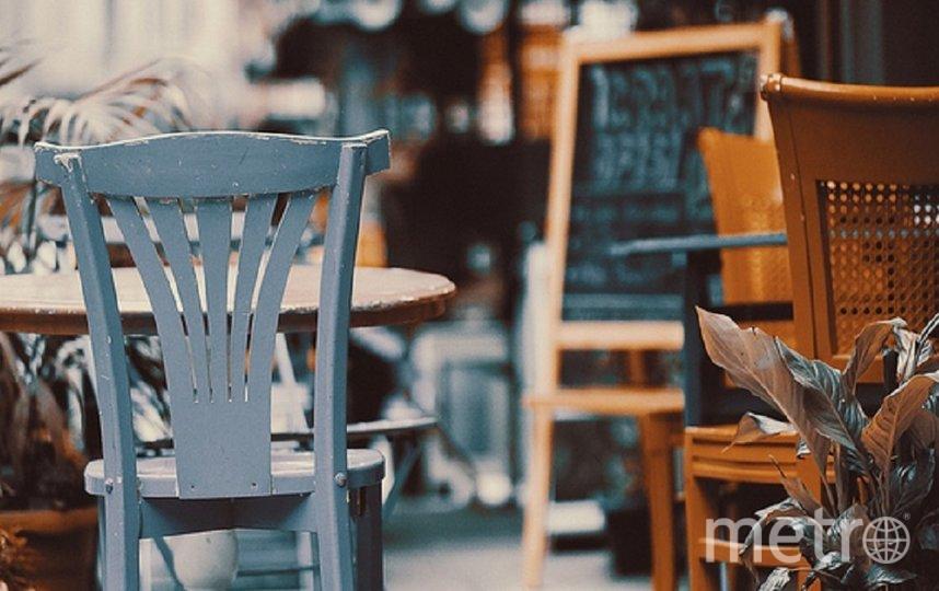 Летние кафе в Петербурге могут открыть уже в апреле. Фото pixabay.