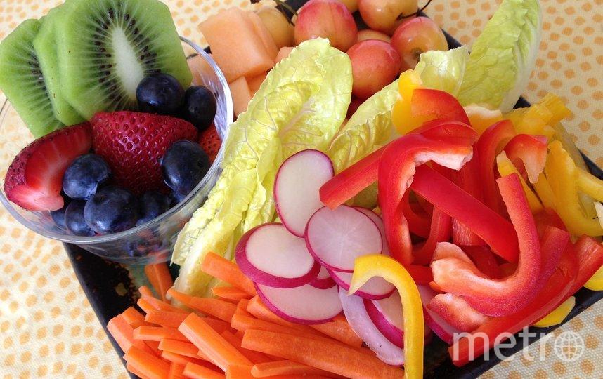 Увеличьте употребление фруктов и овощей. Фото pixabay
