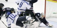 Травмы в хоккее: как спортсмен может обезопасить себя на льду