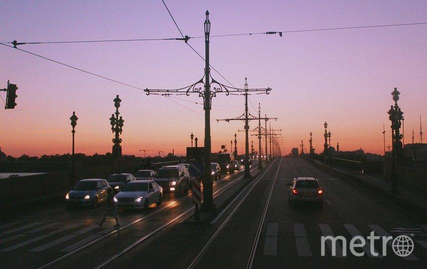 В Петербурге разведут мосты: когда автомобилисты не смогут проехать по переправам