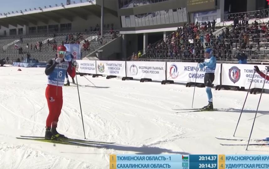 Лыжники устроили потасовку после финиша на чемпионате России. Фото Кадр с YouTube.